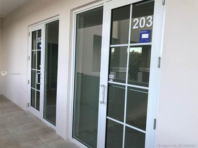 2501 Palm, Miramar, FL 33025 (MLS #A11032205) :: Patty Accorto Team