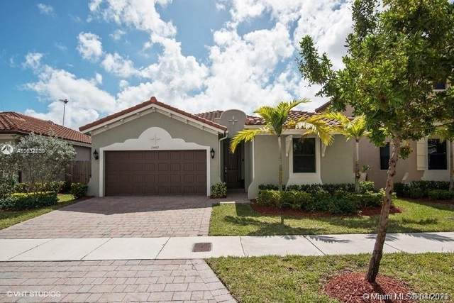 15412 SW 173rd Ln, Miami, FL 33187 (MLS #A11032239) :: The Rose Harris Group