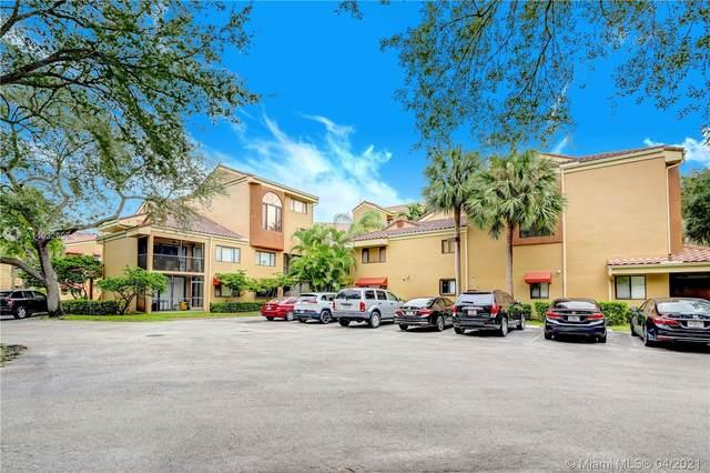 15555 N Miami Lakeway  N 106-18, Miami Lakes, FL 33014 (MLS #A11032606) :: Albert Garcia Team