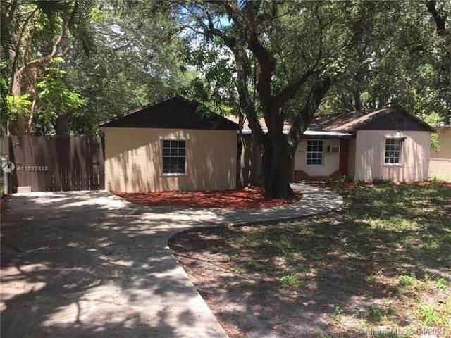 13010 NE 9th Ave, North Miami, FL 33161 (MLS #A11032818) :: The Rose Harris Group