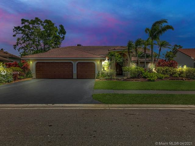 5431 NW 109th Ln, Coral Springs, FL 33076 (MLS #A11032916) :: The Riley Smith Group