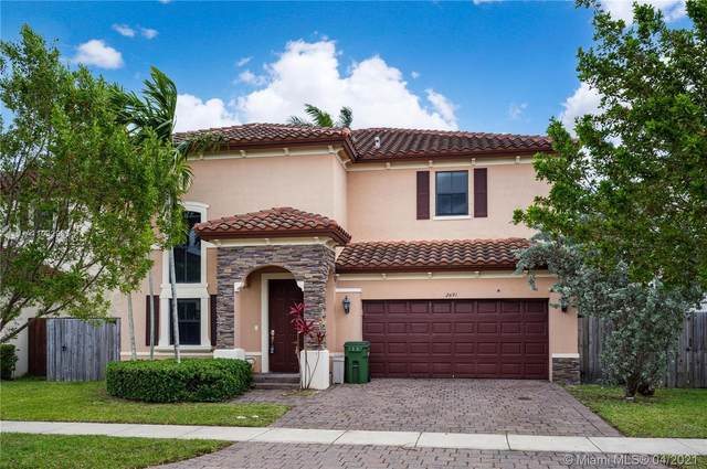 2691 NE 2nd Dr, Homestead, FL 33033 (MLS #A11032983) :: The Riley Smith Group