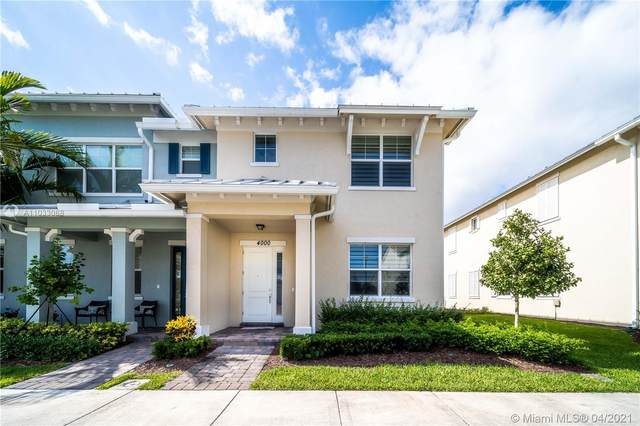 4000 Black Olive Ln, Hollywood, FL 33021 (MLS #A11033068) :: The Rose Harris Group