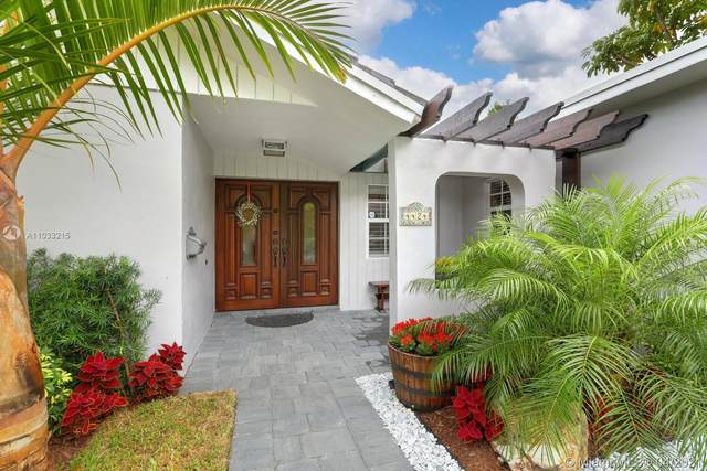 4424 SW 11th St, Coral Gables, FL 33134 (MLS #A11033215) :: GK Realty Group LLC
