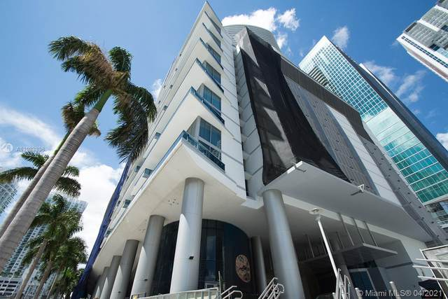 200 Biscayne Boulevard Way #3806, Miami, FL 33131 (MLS #A11033336) :: The Howland Group