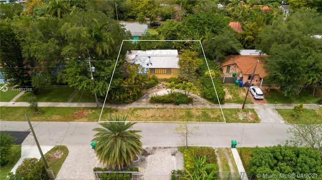 2515 Overbrook St, Miami, FL 33133 (MLS #A11033368) :: The Rose Harris Group