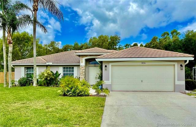 3896 Cypress Lake Dr, Lake Worth, FL 33467 (MLS #A11033388) :: ONE Sotheby's International Realty