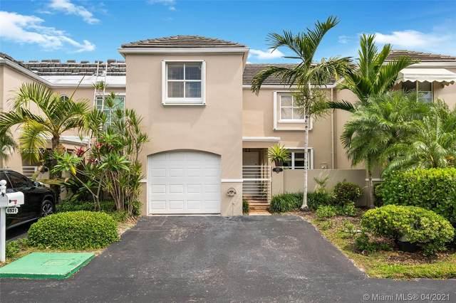 6931 SW 55th Ter E, Miami, FL 33155 (MLS #A11033390) :: The Rose Harris Group