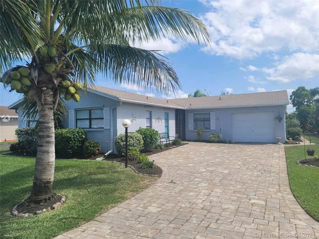 7345 Pine Forest Cir, Lake Worth, FL 33467 (#A11033444) :: Posh Properties