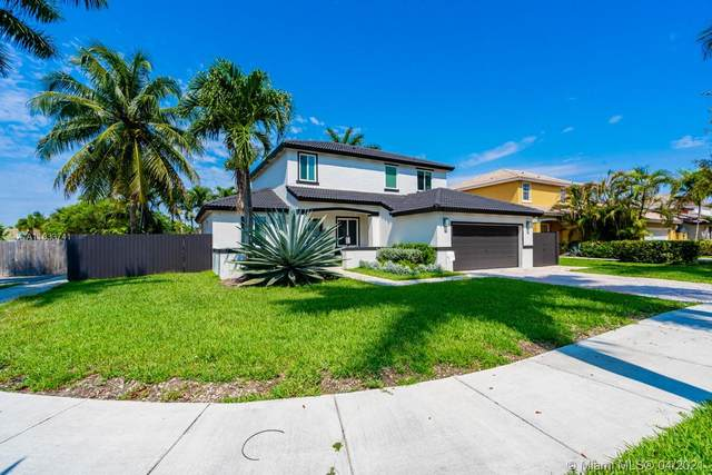 14758 SW 159th Pl, Miami, FL 33196 (MLS #A11033741) :: The Rose Harris Group