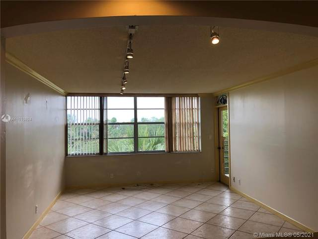 2731 N Taft St #411, Hollywood, FL 33020 (MLS #A11033824) :: Berkshire Hathaway HomeServices EWM Realty