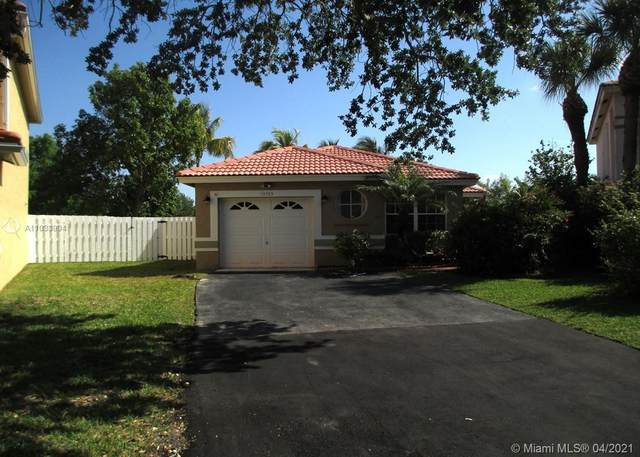 13505 NW 5th Ct, Plantation, FL 33325 (MLS #A11033994) :: The Rose Harris Group