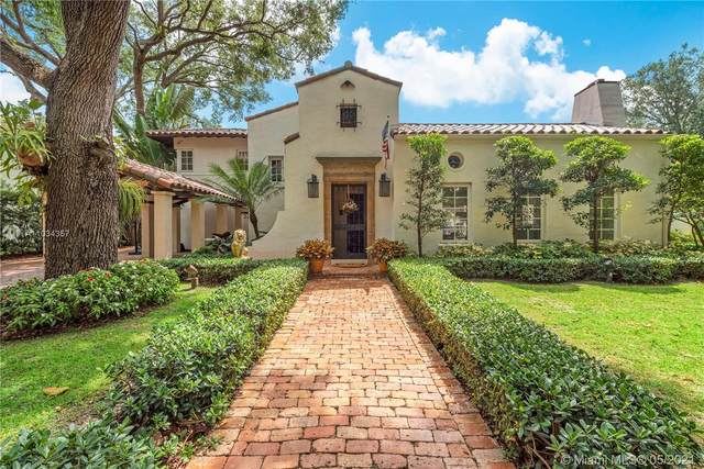 2027 Alhambra Cir, Coral Gables, FL 33134 (MLS #A11034357) :: The Riley Smith Group