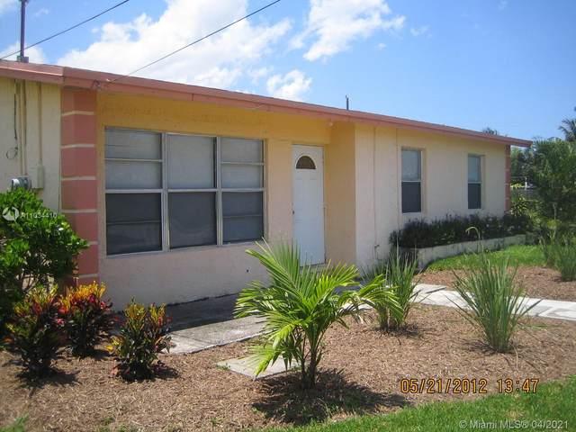1015 S Avenue  S, Riviera Beach, FL 33404 (MLS #A11034410) :: Prestige Realty Group