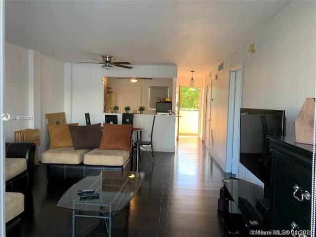 3551 NE 169th St #302, North Miami Beach, FL 33160 (#A11034863) :: Dalton Wade
