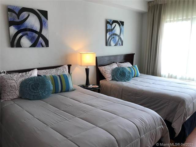 6345 Collins Ave #523, Miami Beach, FL 33141 (MLS #A11035061) :: Compass FL LLC