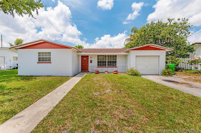 2421 NW 63rd Ave, Sunrise, FL 33313 (MLS #A11035093) :: The Rose Harris Group