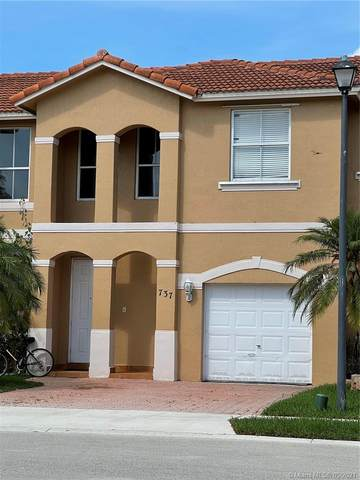 737 NW 135th Ave, Pembroke Pines, FL 33028 (MLS #A11035201) :: The Rose Harris Group