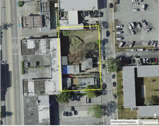 7140 NE Miami Ct, Miami, FL 33138 (#A11035202) :: Posh Properties