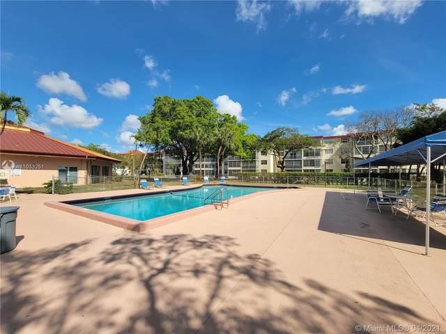3000 NW 48th Ter #422, Lauderdale Lakes, FL 33313 (MLS #A11035251) :: Compass FL LLC
