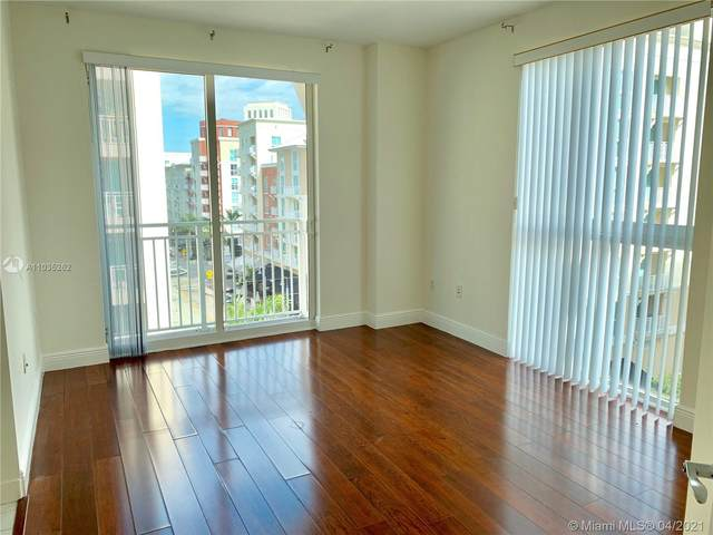 7290 SW 90th St #506, Miami, FL 33156 (MLS #A11035262) :: The Howland Group