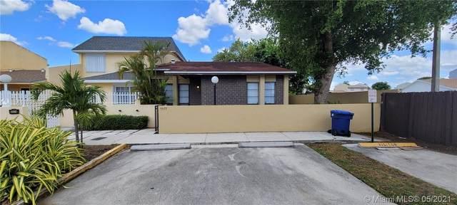 5577 NW 194th Ln, Miami Gardens, FL 33055 (MLS #A11035322) :: The Paiz Group