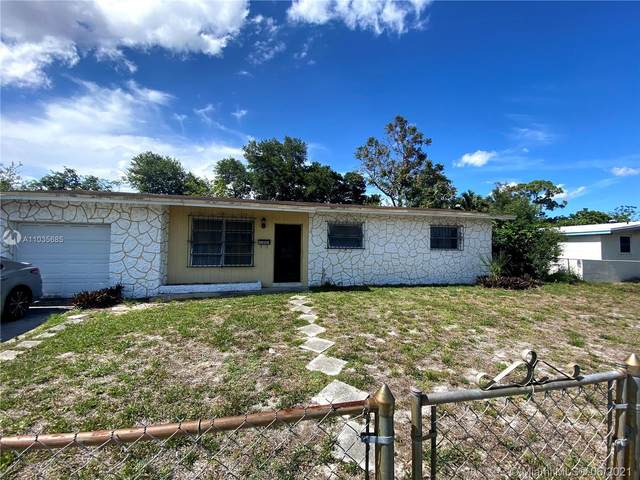 3481 NW 211th St, Miami Gardens, FL 33056 (MLS #A11035685) :: The Riley Smith Group