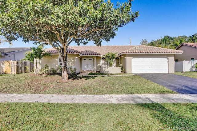 441 SW 169th Ter, Weston, FL 33326 (MLS #A11035723) :: The Rose Harris Group
