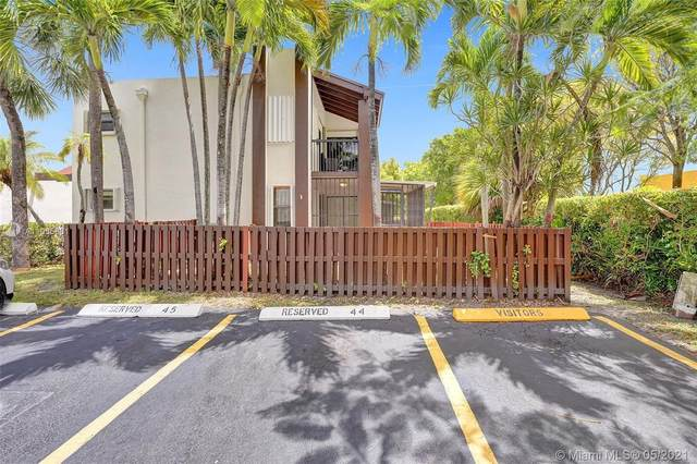 421 NW 107th Ave #107, Miami, FL 33172 (MLS #A11035861) :: The Teri Arbogast Team at Keller Williams Partners SW