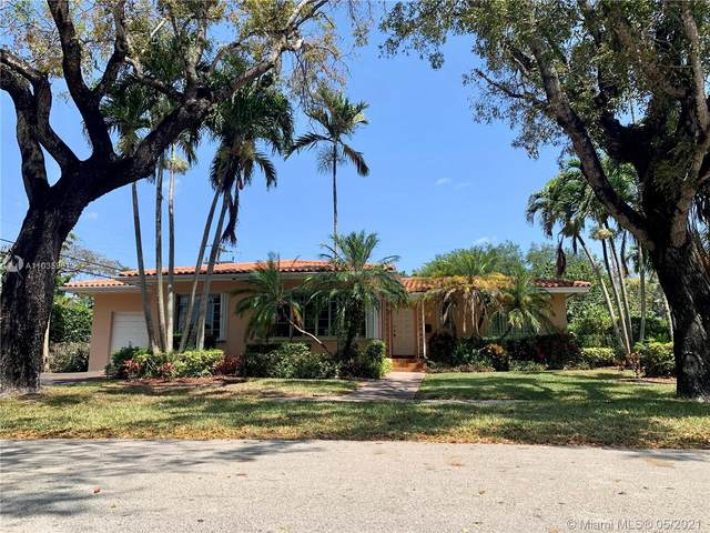 1535 Certosa Ave, Coral Gables, FL 33146 (MLS #A11035961) :: Team Citron