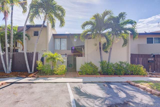 10949 SW 70th Ter, Miami, FL 33173 (MLS #A11036021) :: The Rose Harris Group
