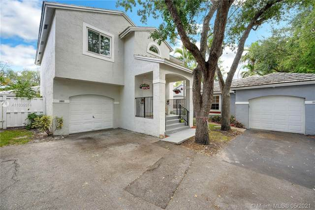 9841 NW 2nd Ct, Plantation, FL 33324 (MLS #A11036074) :: The Rose Harris Group