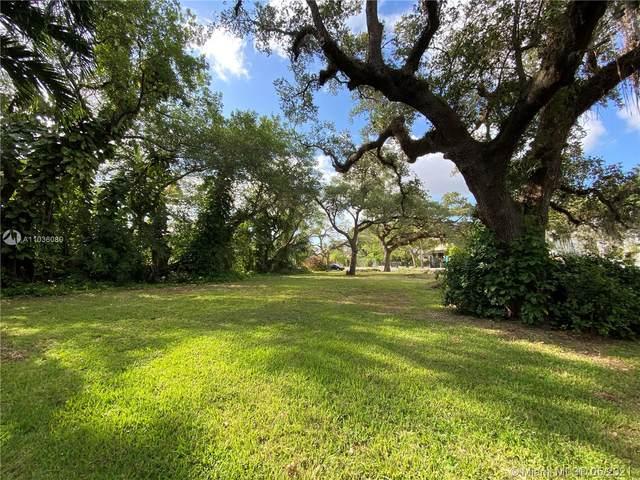 701 NW 9th Ave, Miami, FL 33136 (MLS #A11036080) :: Douglas Elliman