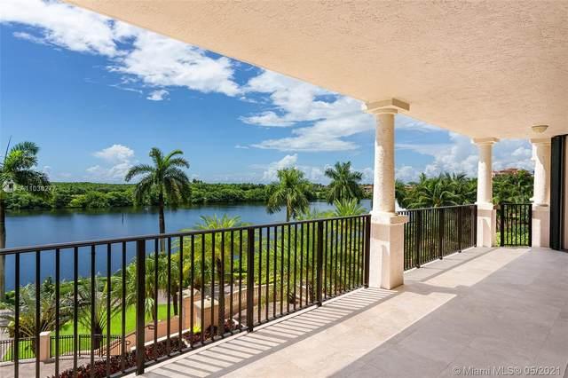 13611 Deering Bay Dr #302, Coral Gables, FL 33158 (MLS #A11036277) :: Compass FL LLC