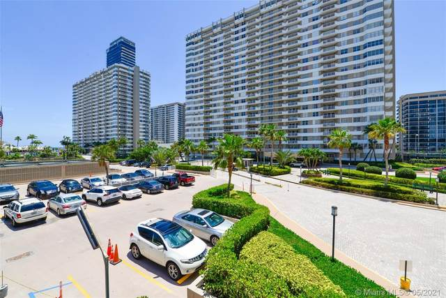 1965 S Ocean Dr 2G, Hallandale Beach, FL 33009 (MLS #A11036486) :: The Howland Group