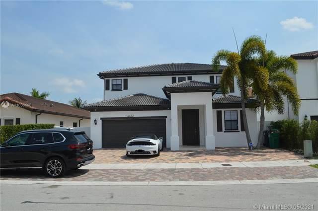 14472 SW 15th St, Miami, FL 33184 (MLS #A11036608) :: Team Citron