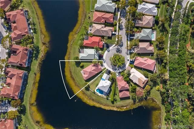 4006 Palm Pl, Weston, FL 33331 (MLS #A11036638) :: Search Broward Real Estate Team