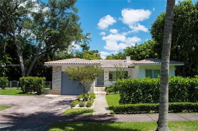435 Castania Ave, Coral Gables, FL 33146 (MLS #A11036676) :: Prestige Realty Group