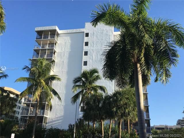 150 Ocean Lane Dr 6B, Key Biscayne, FL 33149 (MLS #A11036777) :: The Riley Smith Group