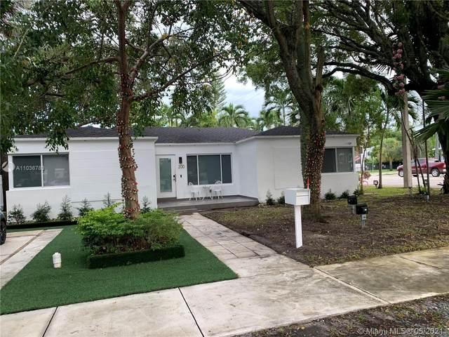 200 NE 48th Ter, Miami, FL 33137 (MLS #A11036789) :: The Rose Harris Group