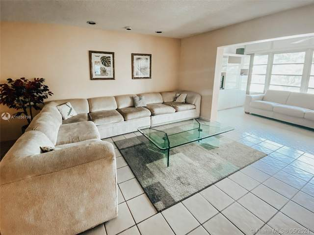 4000 NW 44th Ave #314, Lauderdale Lakes, FL 33319 (MLS #A11036798) :: The Teri Arbogast Team at Keller Williams Partners SW