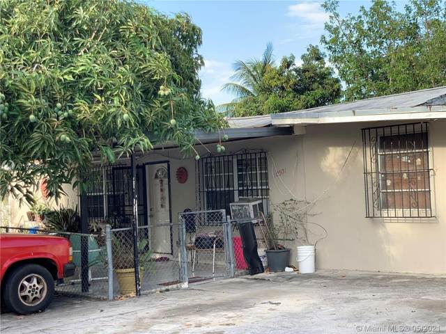 10501 NW 28th Ct, Miami, FL 33147 (MLS #A11036887) :: The Howland Group