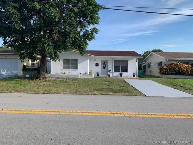 7202 NW 61st St, Tamarac, FL 33321 (MLS #A11036961) :: Berkshire Hathaway HomeServices EWM Realty