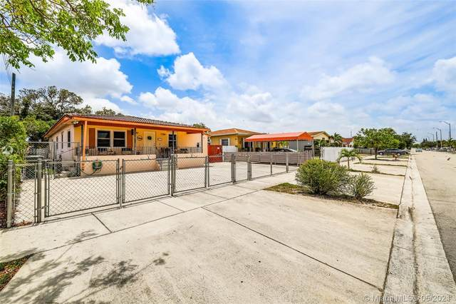 372 E 19th St, Hialeah, FL 33010 (MLS #A11036984) :: The Teri Arbogast Team at Keller Williams Partners SW