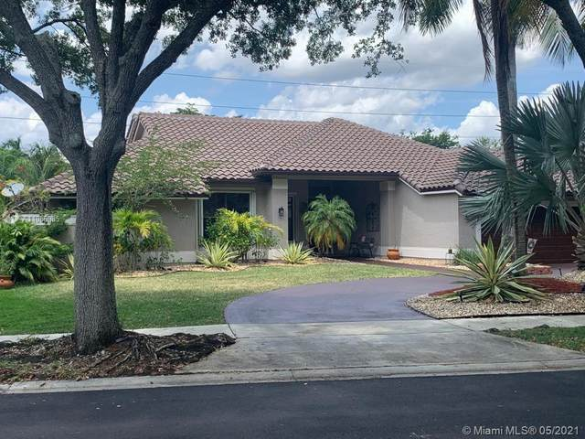 1035 Pine Branch Dr, Weston, FL 33326 (MLS #A11036985) :: Search Broward Real Estate Team