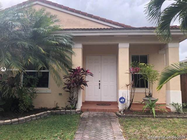 15914 SW 62nd St, Miami, FL 33193 (MLS #A11036989) :: The Rose Harris Group