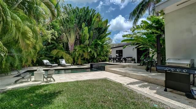 411 NE 52nd Ter, Miami, FL 33137 (MLS #A11037142) :: The Riley Smith Group