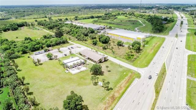 11431 Palm Beach Blvd, Fort Myers, FL 33905 (MLS #A11037166) :: GK Realty Group LLC