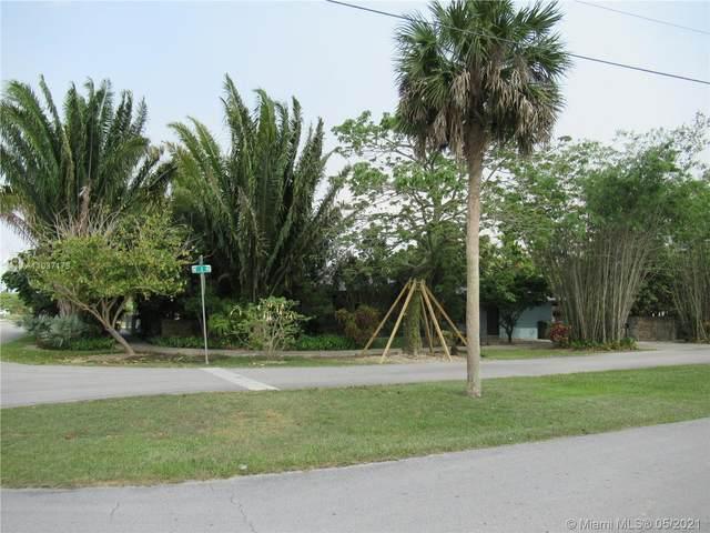 1895 NE 1 Ter, Homestead, FL 33030 (MLS #A11037173) :: The Riley Smith Group