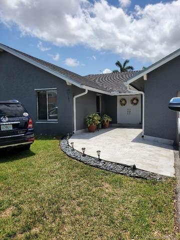 5814 SW 146th Ct, Miami, FL 33183 (MLS #A11037291) :: Team Citron